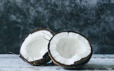10 Anti-Stressful Benefits of Coconut Oil