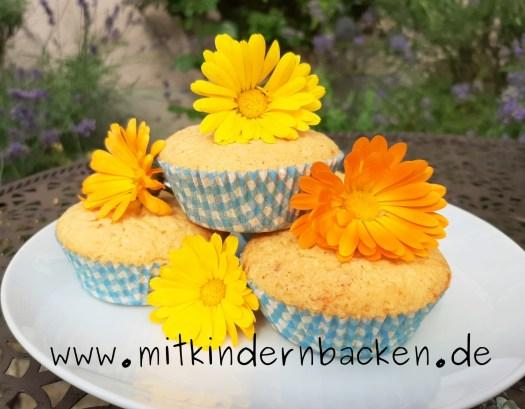 Muffins mit Blütenblätter der Ringelblume, Ringelblumenmuffins