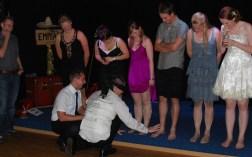 Welches sind die Füße der Braut? Er hat mich erkannt! :)