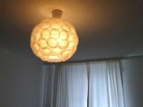 Verschönerter Papierlampenschirm mit Muffinförmchen
