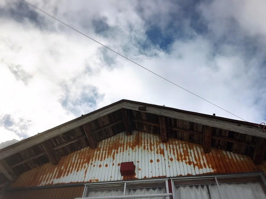 魚沼市の空き家で屋根除雪 ふるさと見張り番