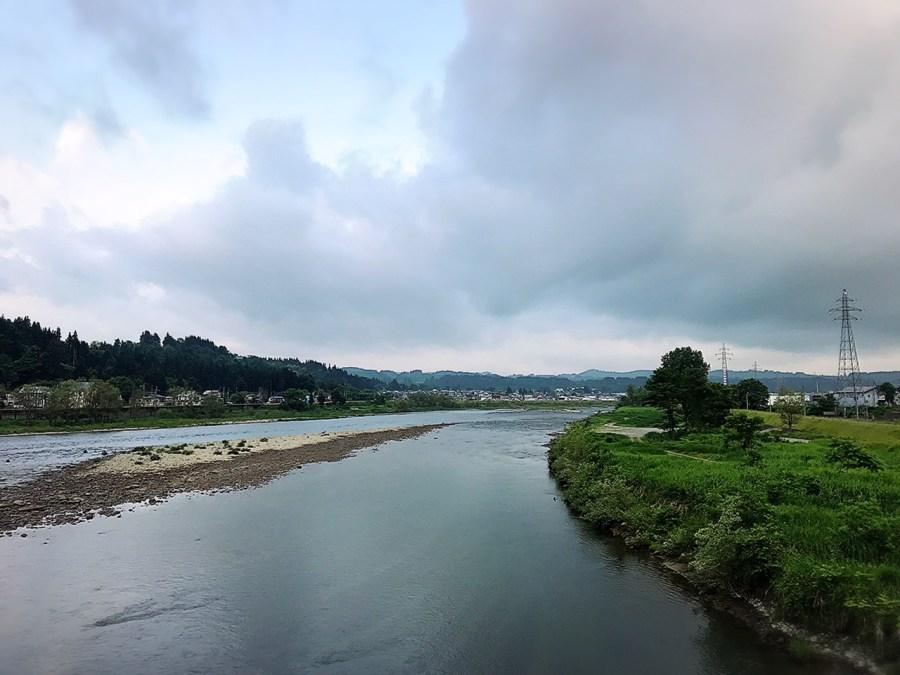 魚野川と破間川合流付近より