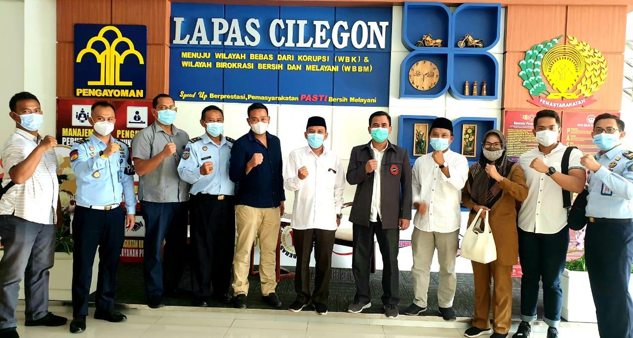 Gambar Kunjungan FKPT Beserta Baintelkam Mabes Polri Disambut Baik oleh Kalapas Cilegon 11