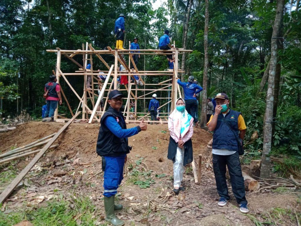 Gambar KSB Angsana Bangun 4 RTLH di Kecamatan Angsana Di Donaturi Oleh CV Meilia Rizqi 1