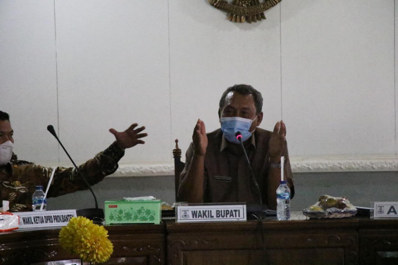 Gambar Reses DPRD Banten, Wabup Serang Sampaikan Persoalan Sampah 1