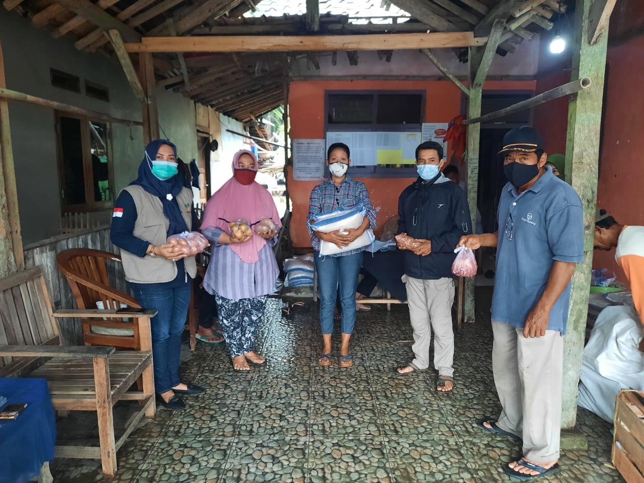 Gambar Penyaluran BPNT di Sobang, Koordinator TKSK Kecamatam Sobang Bilang Begini: 10