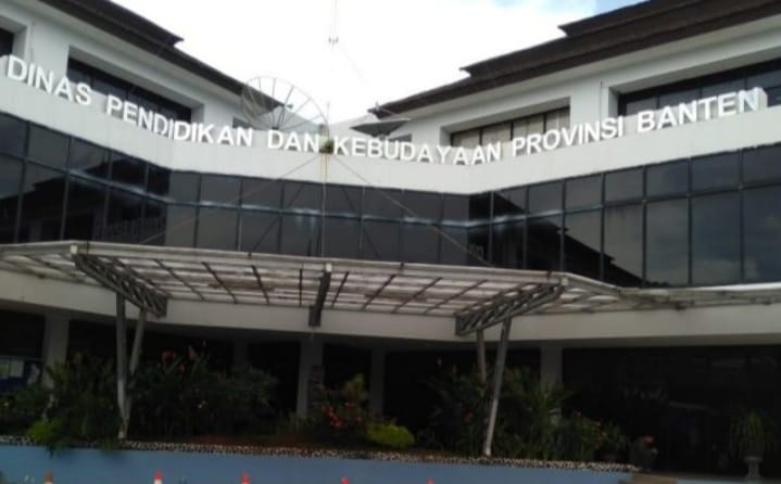 Gambar Paket Lelang Alat Lab IPA, LSM Karat Curiga Adanya Praktik dugaan Monopoli Lelang di Dindik Banten 1
