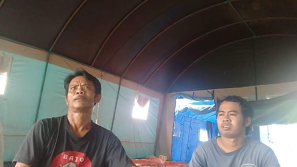 Gambar Takut Karena Diancam Bakal di Penjara Oleh Utusan Tuan Tanah, Puluhan Warga Sobang Tempati Tenda Biru 15