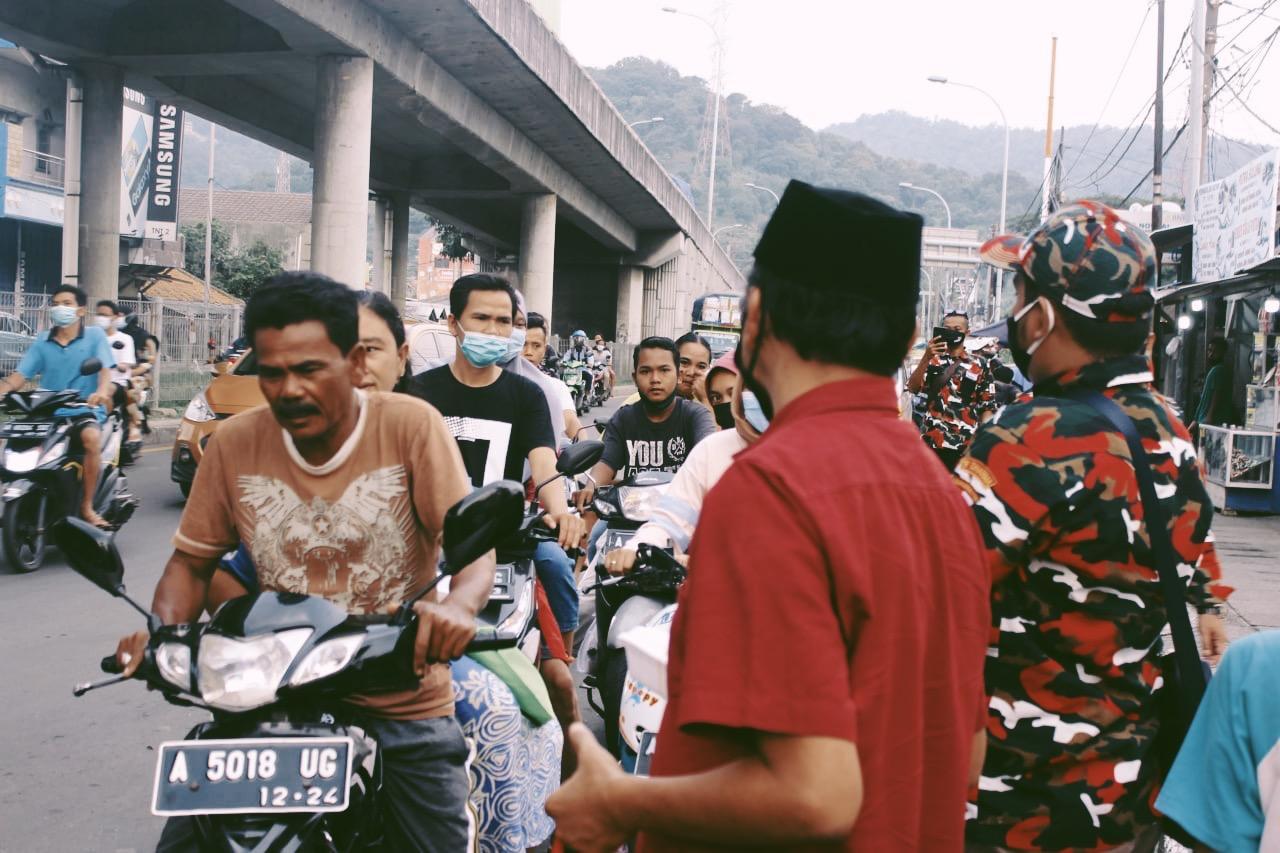 Gambar Ramadhan Fest Aptrindo Banten, DPD Banten Aptrindo Bagikan Ribuan Takjil Gratis Selama Ramadhan Bersama HIPPI LMP PMI PPA dan PP 15
