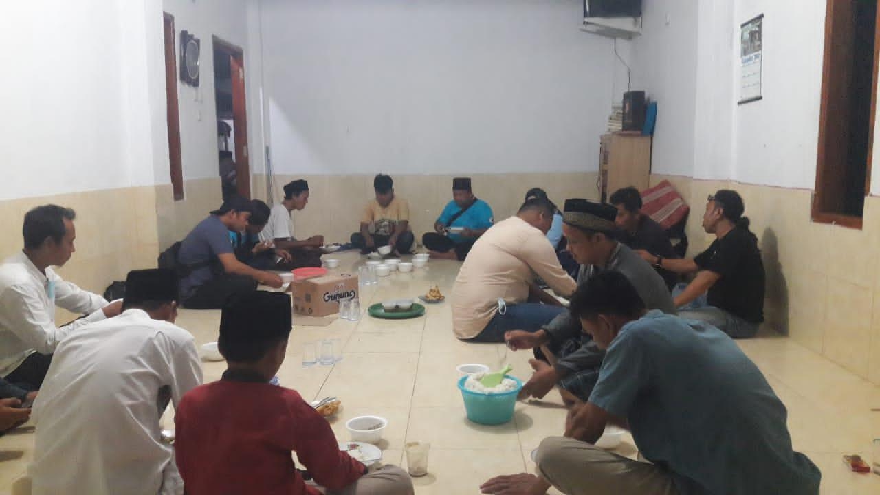Gambar Ramadhan, Keluarga Besar Penabanten.com Gelar Buka Bersama 15