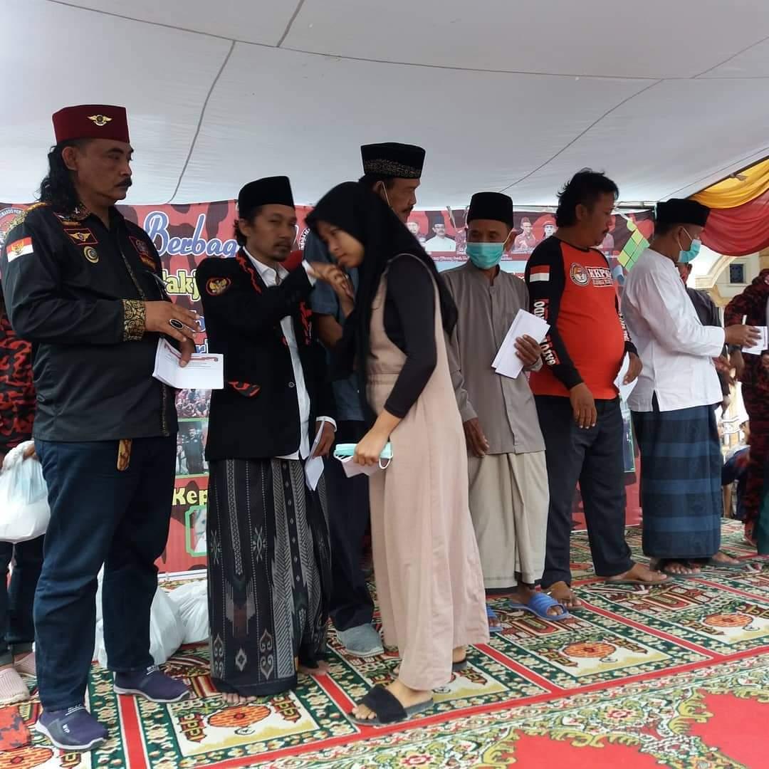 Gambar Ormas LPKMP Banten Laksanakan Bukber Santunan Anak Yatim dan Du'afa 17
