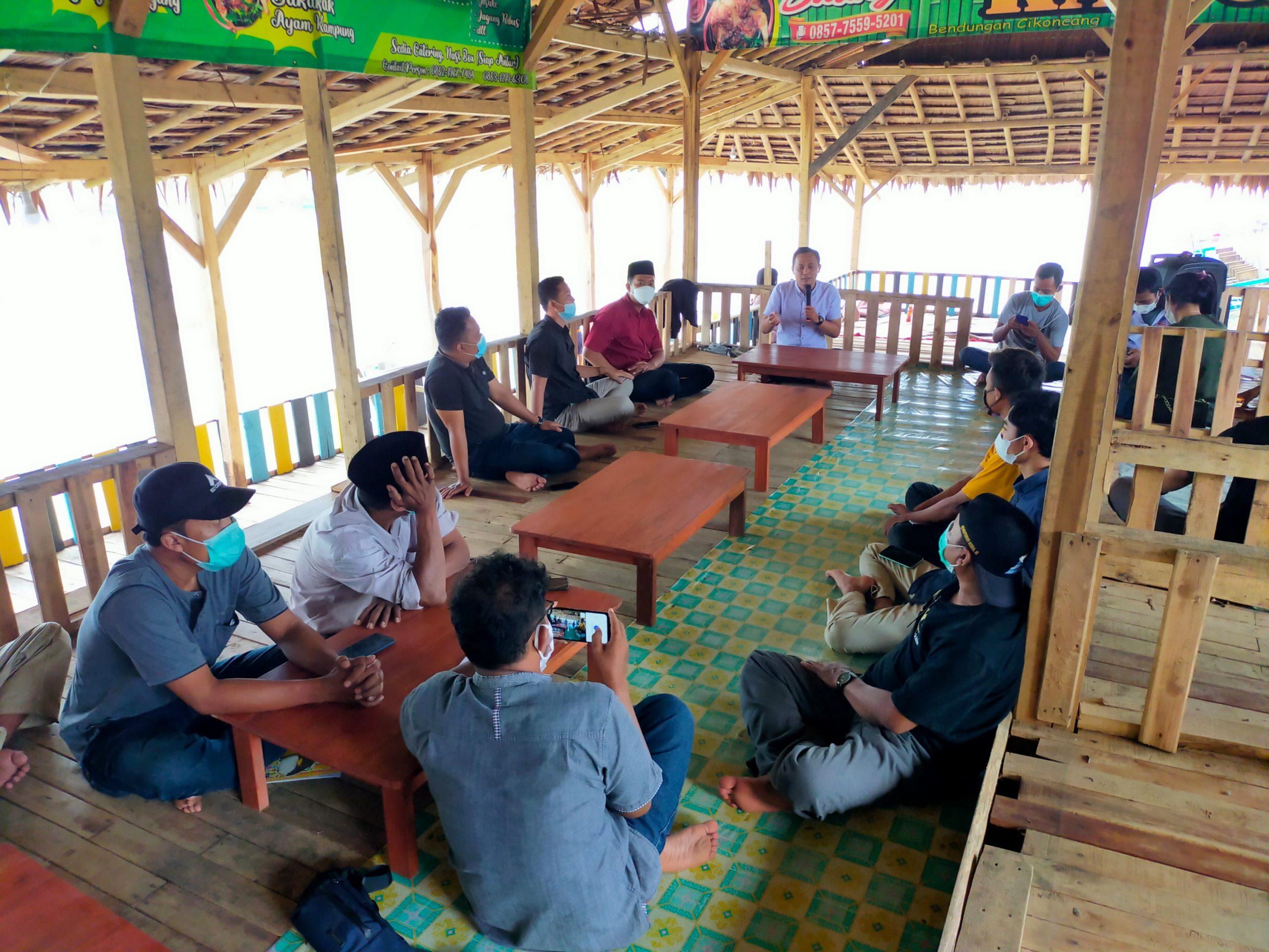 Gambar Gelar Pelatihan Jurnalistik, Eksponen Pemuda Hadirkan Ketua MOI Pandeglang 11
