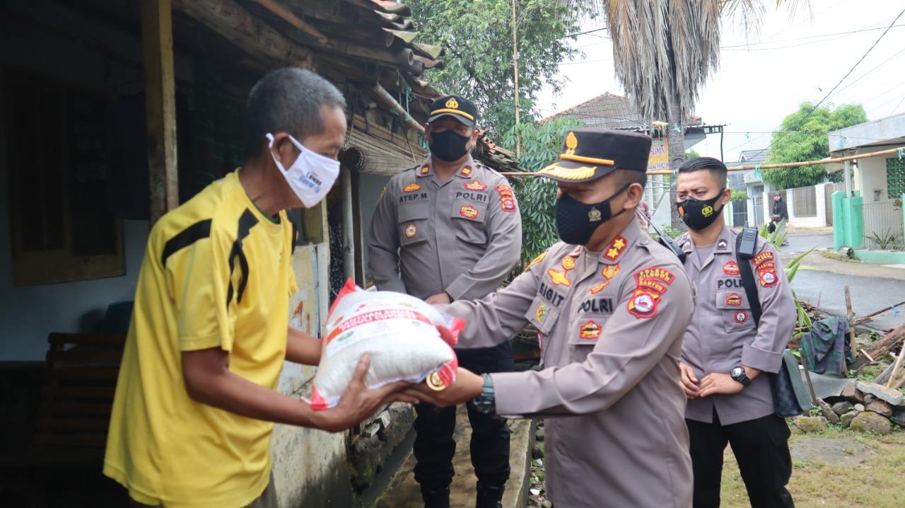 Gambar Polres Cilegon Distribusikan 15 Ton Beras Kepada Masyarakat 17