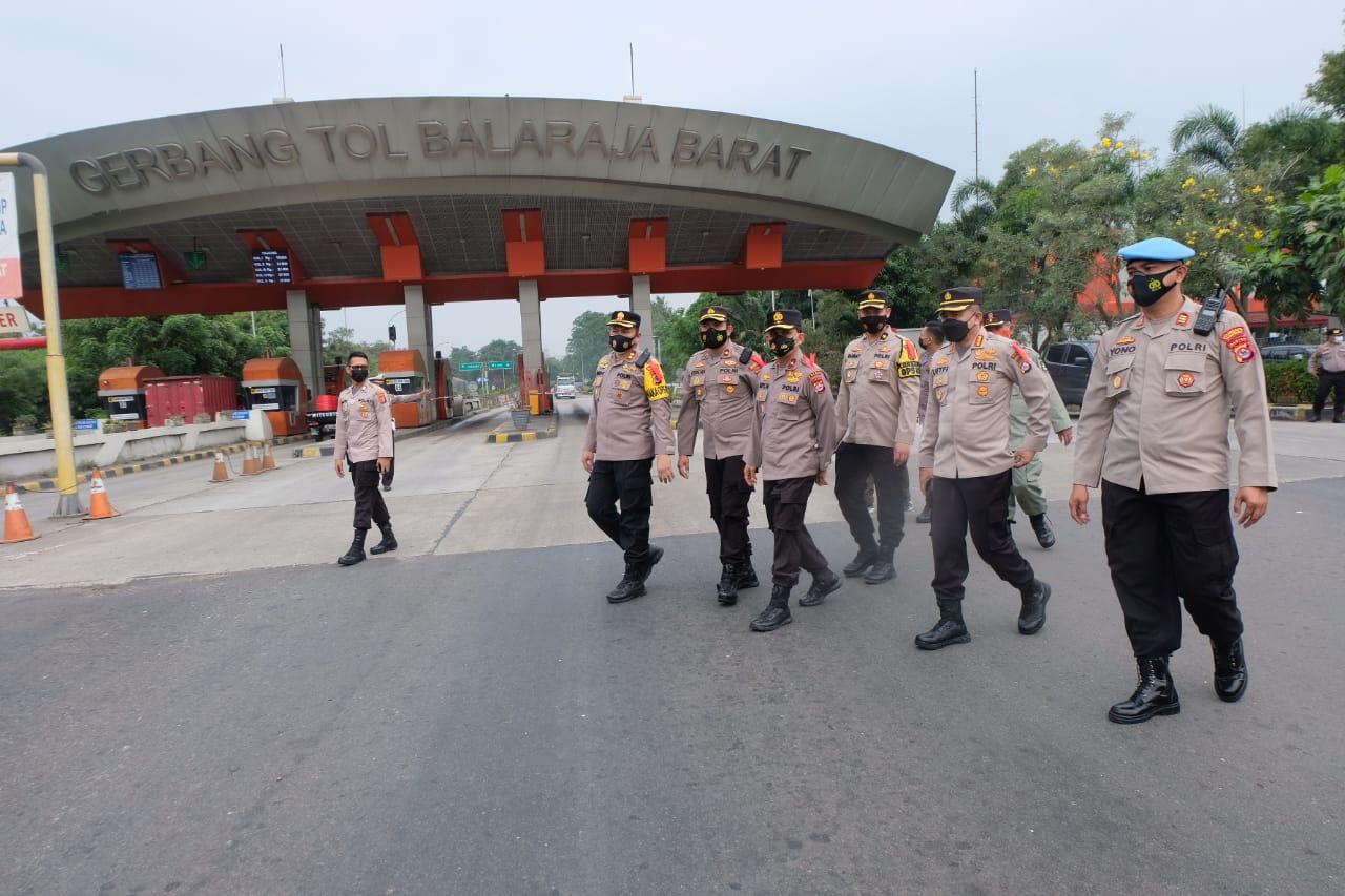 Gambar Wapolda Banten Tinjau Secara Langsung Pos Pengamanan Lebaran 1