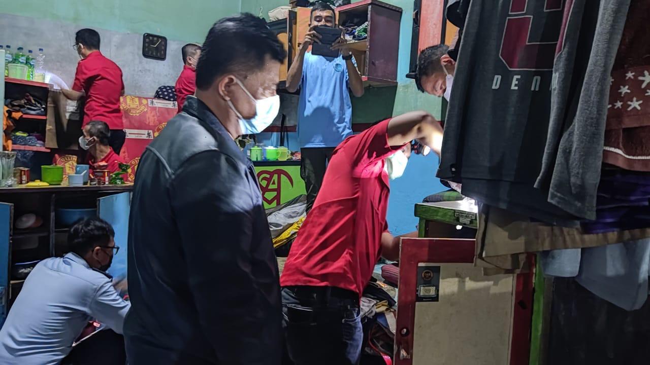 Gambar Tim Satops Patnal Kanwil Kemenkumham Banten dan Lapas Serang Gelar Sidak Gabungan 15