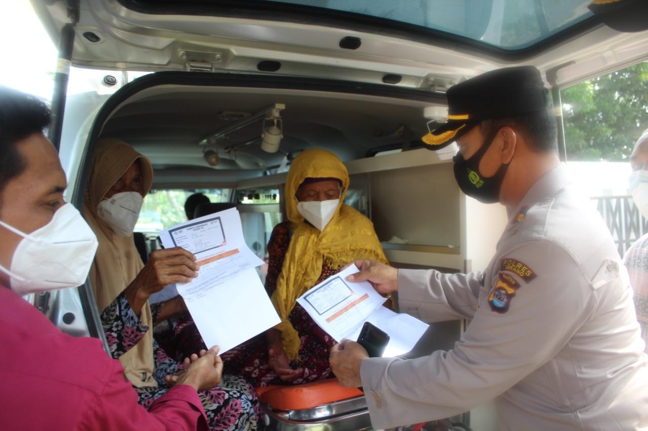 Gambar Kapolres Serang Tinjau Pelaksanaan Vaksinasi di Puskesmas Kecamatan Kibin dan Kragilan 15
