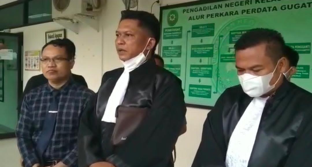 Gambar AL Terdakwa Kasus Penggelapan R4 Di Bebaskan, Direktur Kantor Hukum AM Munir & Rekan': Kami Puas 13
