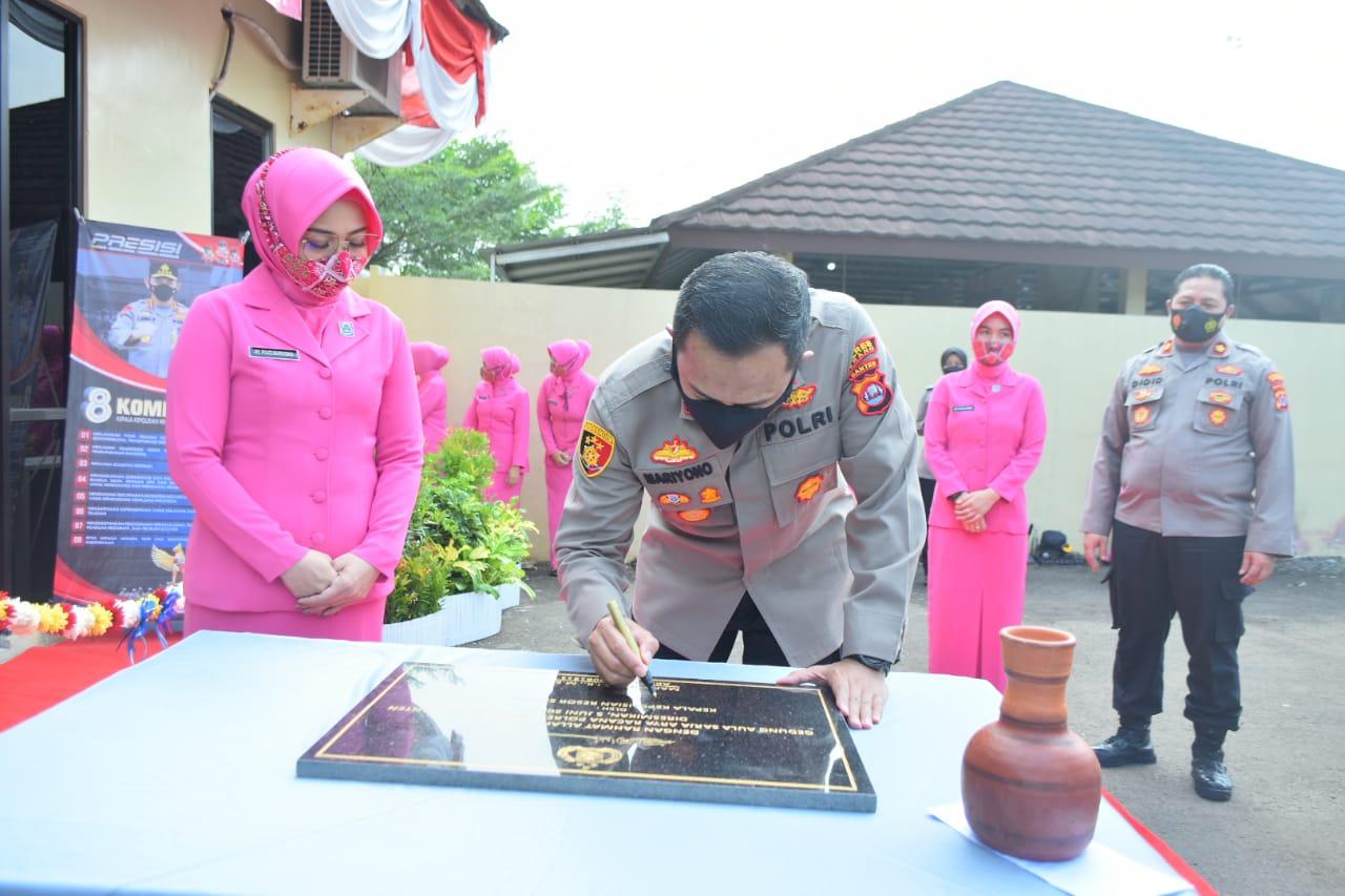Gambar Aula Sarja Aria Rencana dan Gedung Bhayangkari Cabang Serang di Resmikan Kapolres Serang, Ketua Bhayangkari Ucapkan Terimakasih 15