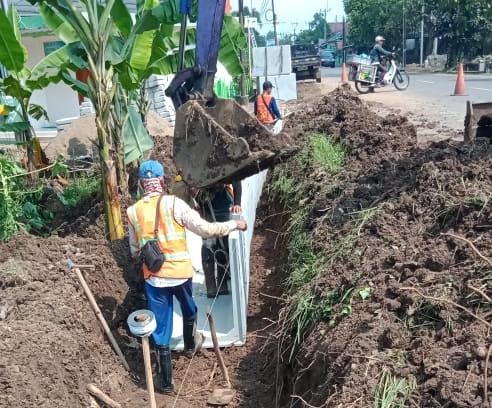 Gambar Tak Ada Papan Proyek, Lembaga Menduga Proyeksi U- Dith Ruas Jalan Pandeglang - Rangkasbitung Salahi Aturan 1
