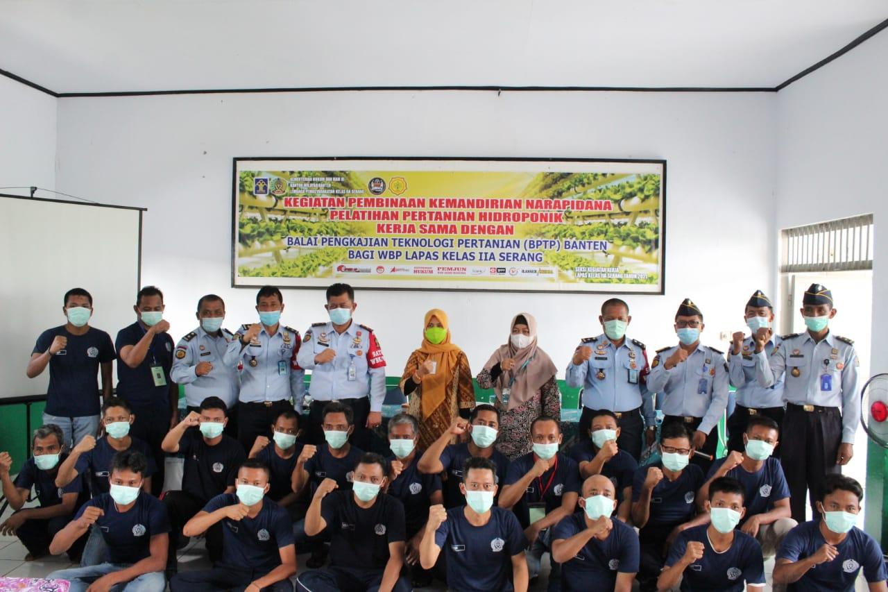 Gambar Kerjasama Dengan BPTP Banten, Warga Binaan Lapas Serang Mendapat Pelatihan Hidroponik 13