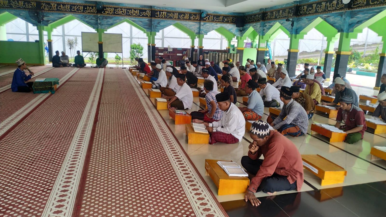 Gambar Warga Binaan Pemasyarakat di Lapas Cilegon Rutin Gelar Peka Al-Qur'an di Masjid Lapas Cilegon 1