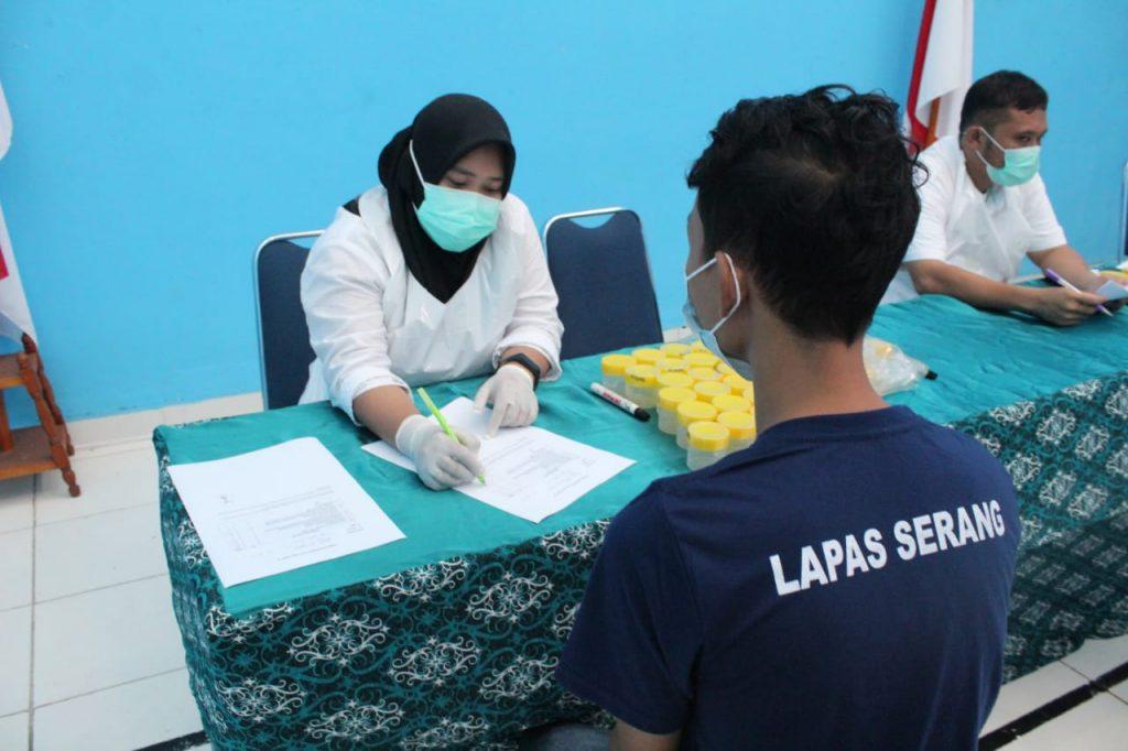 Gambar Timkes Lapas Serang Bekerjasama dengan Dinkes Kota Serang Laksanakan Skrining TB 3