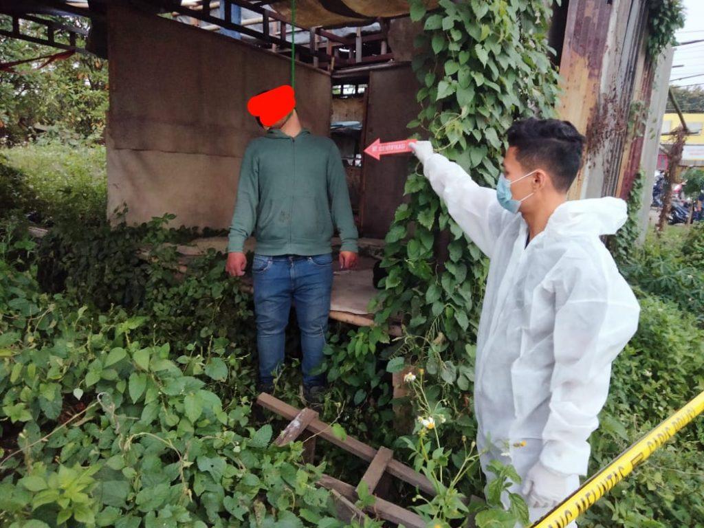 Gambar Heboh, Seorang Buruh Pabrik Temukan Pria Gantung Diri di Gubug Tak Berpenghuni 1