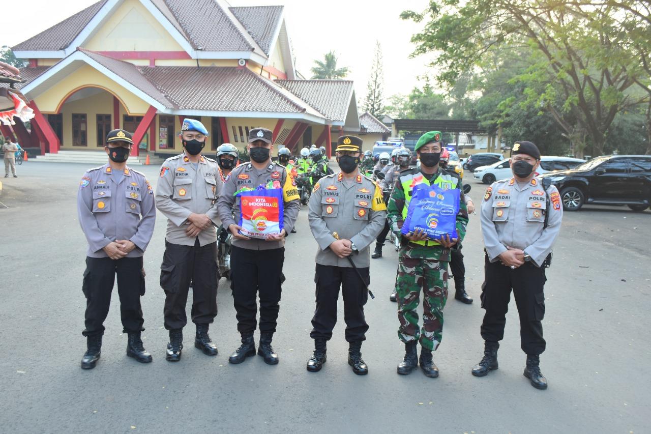 Gambar PPKM Darurat, Polres Serang Kota Berikan 10 Ton Beras 11
