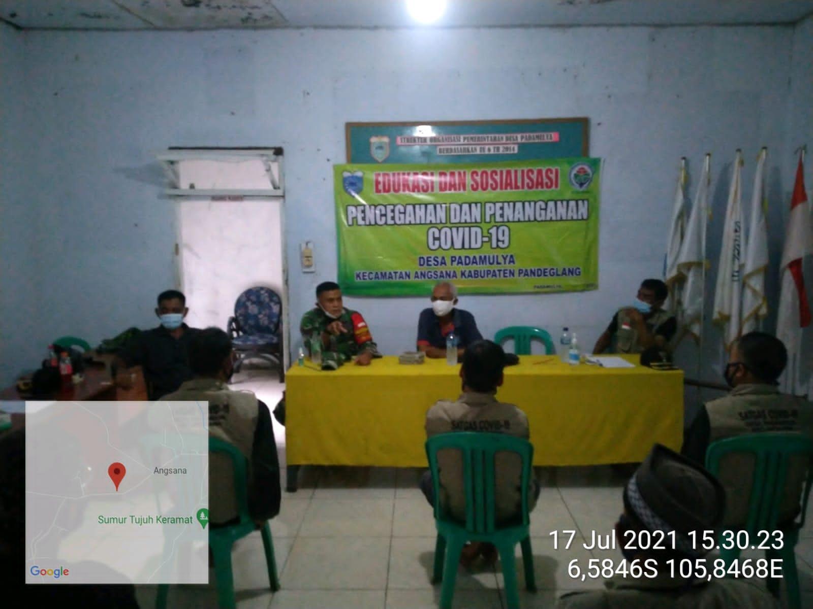 Gambar Hari Libur, Camat Angsana Road Show Perangi Covid 19 Ke Sejumlah Desa Berikan Himbauan 17