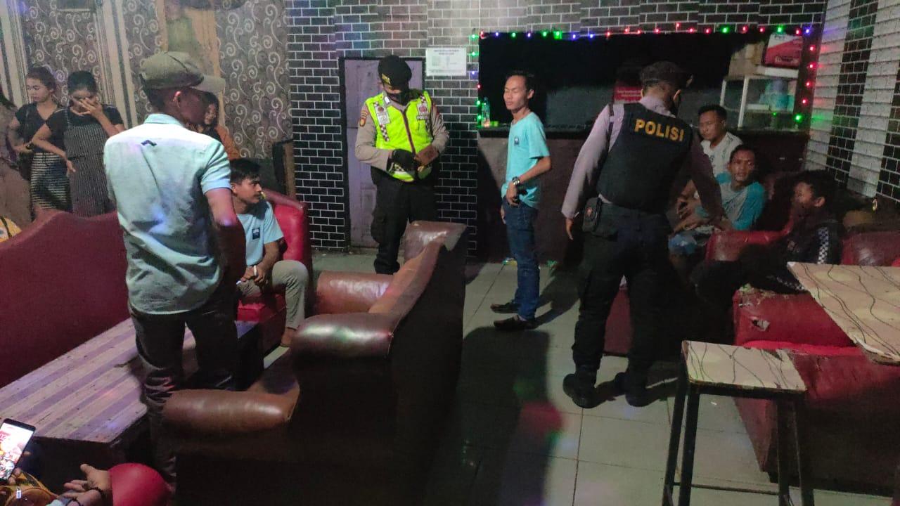 Gambar Beroperasi Dimasa Pemberlakuan PPKM Darurat, THM Ditutup Paksa dan Sound System Diangkut Petugas 13
