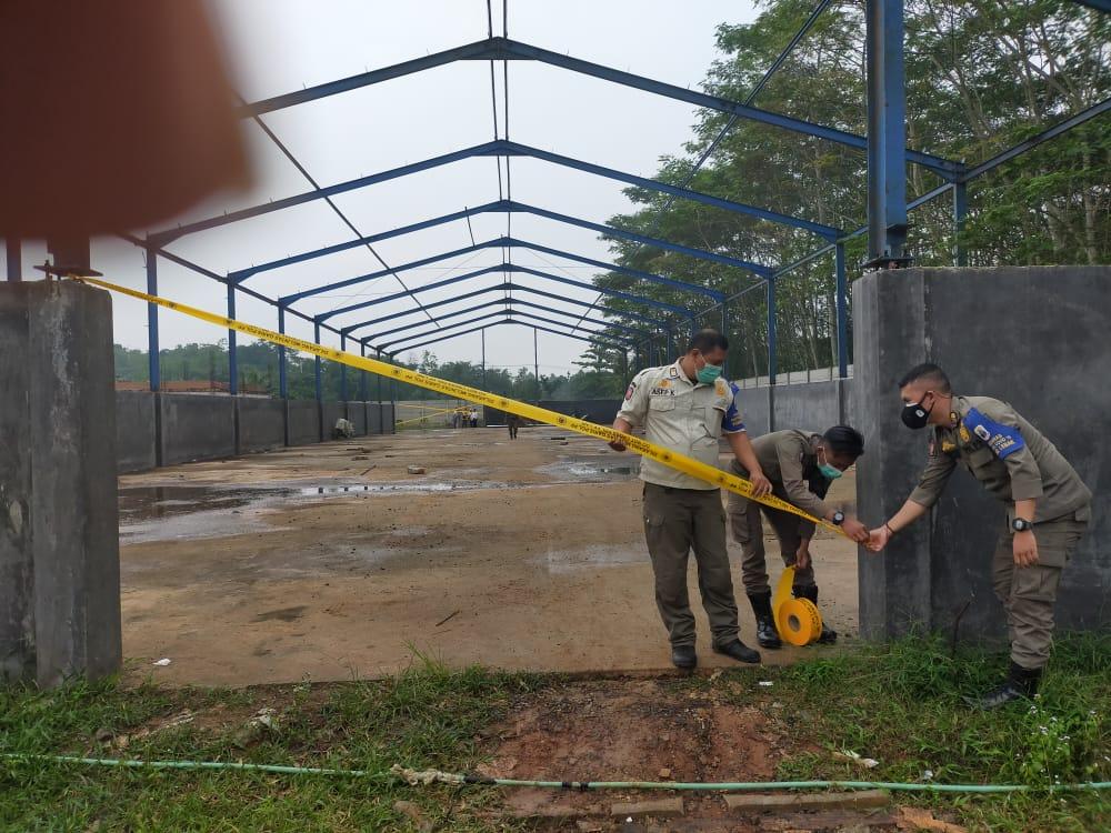 Gambar Aneh, Satpol PP Lebak Berbohong Akan Pasang Pol PP Line di Pintu Gerbang PT. Indo Pasific Agung, Kasus Mambangun Tanpa Ijin 15