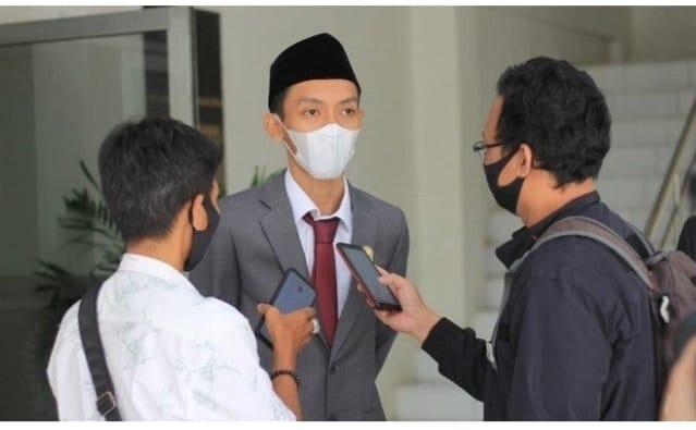 Gambar Soal Kisruh CS RSUD Malingping, Ketua DPRD Lebak Desak Disnakertrans Lebak Rekomendasikan Pencabutan Ijop PT AHM 11