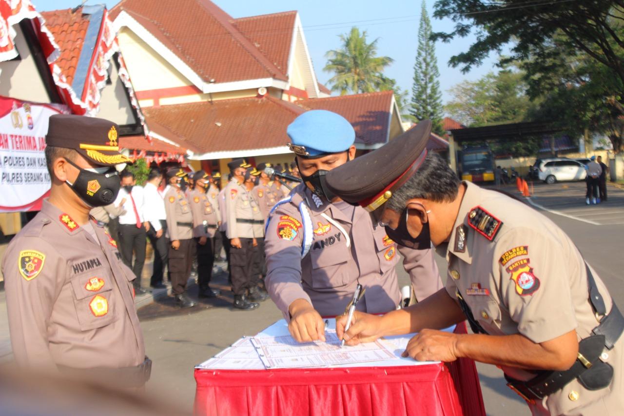 Gambar Kapolres Serang Kota Pimpin Sertijab Wakapolres Dan Kasi Humas 13