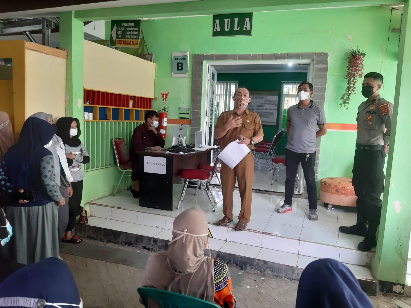 Gambar Polsek Pabuaran Polres Serang Kota Monitoring Pelaksanaan Vaksinasi Covid-19 1