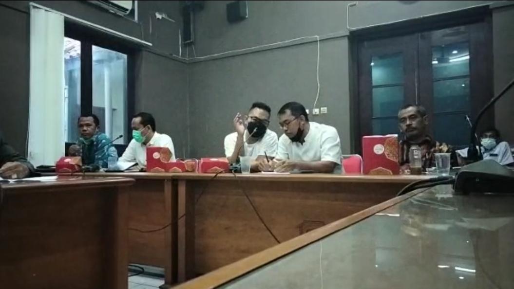 Gambar Seru! Soal Cleaning Service, Komisi III DPRD Lebak Gelar RDP, Terungkap PT AHM Diduga Labrak Aturan 17
