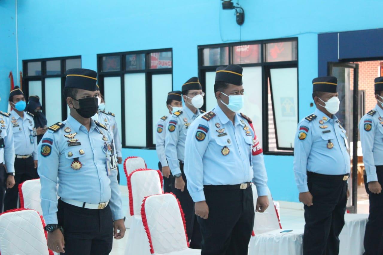 Gambar Kalapas Serang Ikuti Apel Virtual Bersama Kanwil Kemenkumham Banten, Kakanwil Beri Arahan Kepada Seluruh Jajaran 17