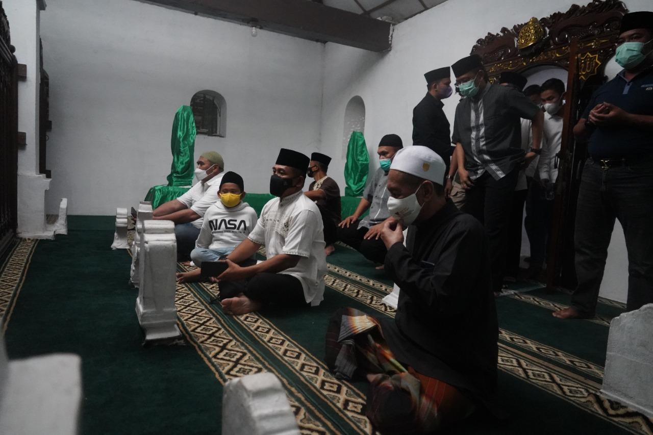 Gambar Tingkatkan Sinergitas dengan Ulama, Danrem 064/MY Silaturahmi dan Ziarah ke Banten Lama 49