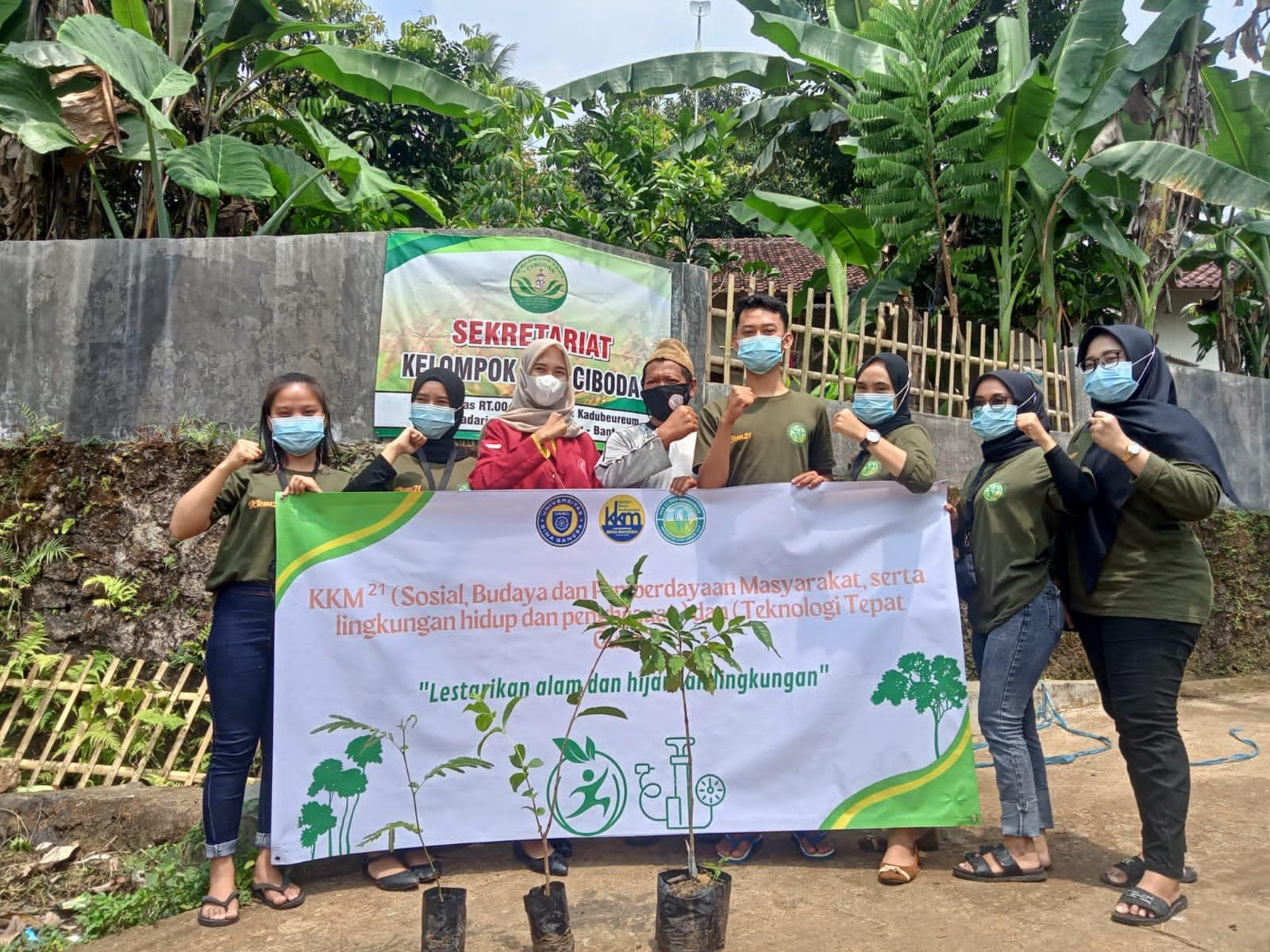 Gambar KKM 21 UNIBA Buat Pompa Hidram dan Memberikan Bibit untuk Kelompok Tani Desa 3