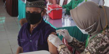 Gambar Tahap ke 2, Lapas Kelas IIA Cilegon Adakan Vaksinasi Bagi Warga Binaan 5