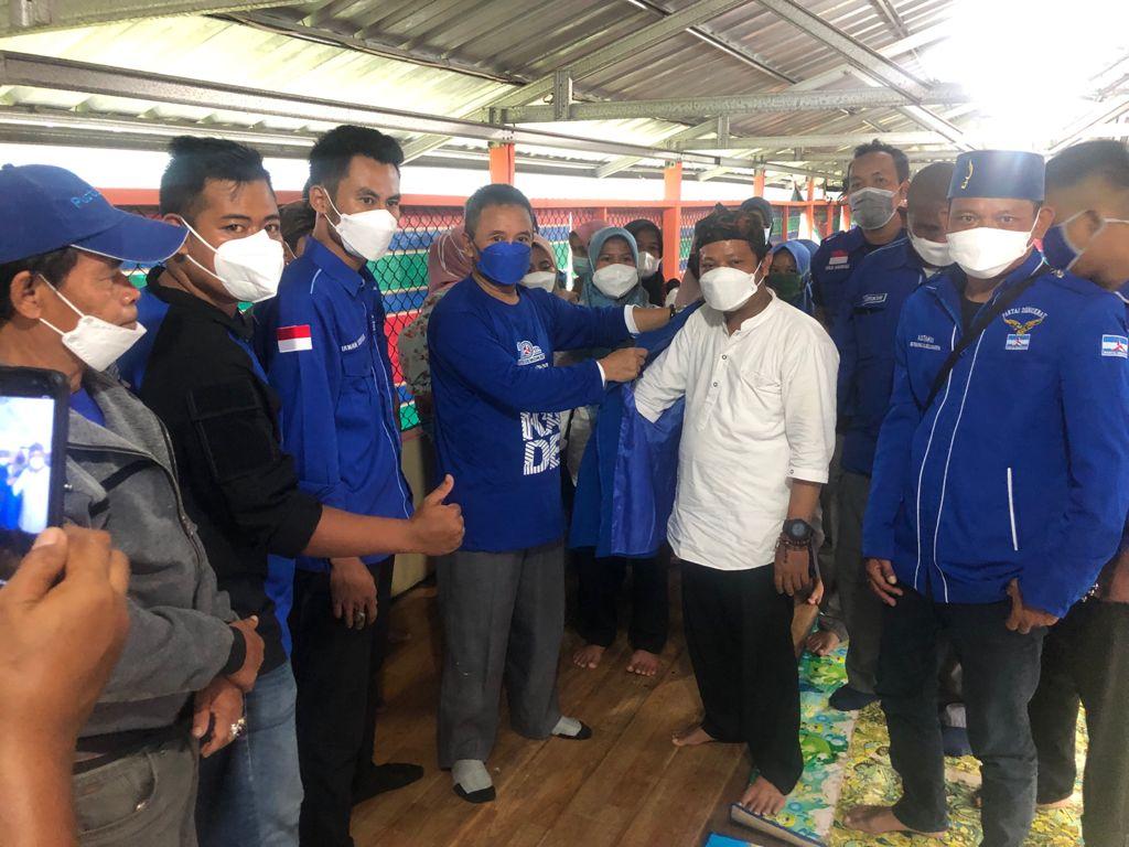 Gambar Perkuat Jaringan Ketua DPC Demokrat Pandeglang Rekrut Kader Baru Di Carita 1