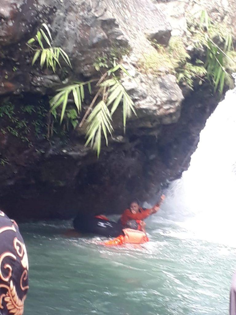 Gambar Remaja Asal Cilegon yang Tenggelam di Wisata Alam Air Terjun Leuwi Gumi di Padarincang Akhirnya Ditemukan 1