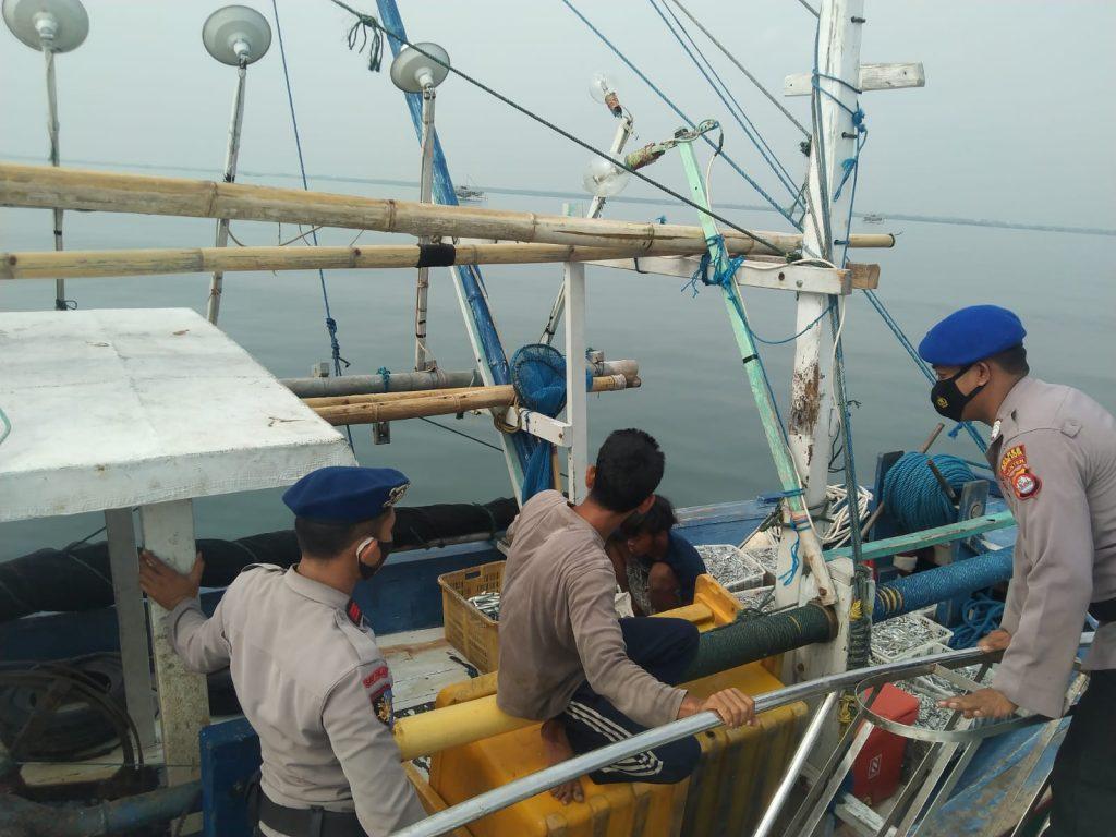 Gambar Patroli Satpolair Polres Serang Kota Polda Banten Monitoring Pasang Surut Air Laut 1