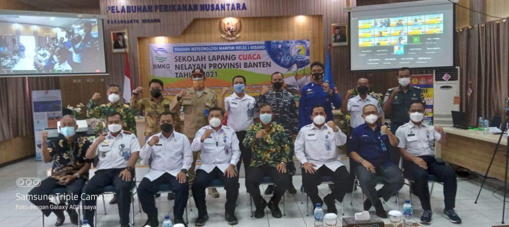 Gambar Personel Satpolairud Polres Serang Kota Polda Banten Hadiri Pembukaan Sekolah Lapang Cuaca Nelayan 1