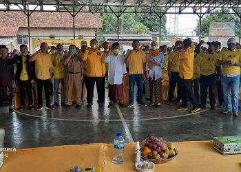 Gambar Fahmi Hakim Kukuhkan Kepengurusan Baru Pengurus Desa Partai Golkar di Kecamatan Ciomas 1