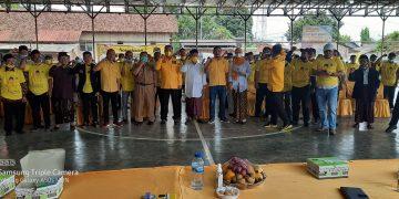 Gambar Fahmi Hakim Kukuhkan Kepengurusan Baru Pengurus Desa Partai Golkar di Kecamatan Ciomas 3