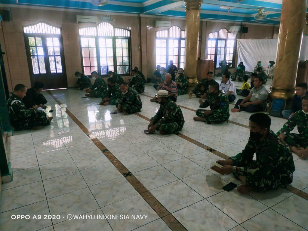 Gambar Prajurit Lanal Banten Gelar Doa Bersama Peringatan HUT TNI Ke 76 1