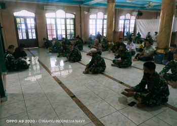 Gambar Prajurit Lanal Banten Gelar Doa Bersama Peringatan HUT TNI Ke 76 13