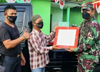 Gambar Koramil 0602-01/Kota Serang Beri Bantuan Keramik untuk Warga Lontar 9