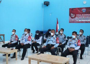 """Gambar Lapas Serang Ikuti Seminar Nasional """"Peran Kementerian Hukum dan HAM dalam Mengakselerasi Indonesia Sehat dan Pemulihan Ekonomi Nasional"""" Secara Virtual 15"""