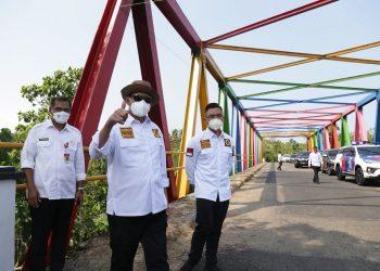 Gambar Gubernur WH : Jalan Bagus Untuk Kelancaran Aktivitas dan Perekonomian Rakyat 3